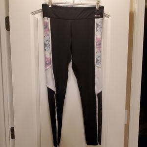 Pink Ultimate yoga pant mesh/design/black Medium